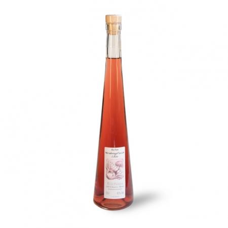 Roter Weinberpfirsichlikör